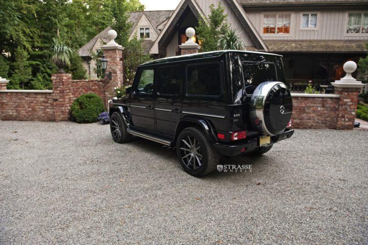 Strasse-Wheels-Mercedes-Benz-G63-AMG-22-R10-Deep-Concave-Wheels-7