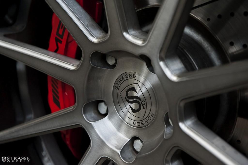 Strasse-Wheels-Mercedes-Benz-G63-AMG-22-R10-Deep-Concave-Wheels-9