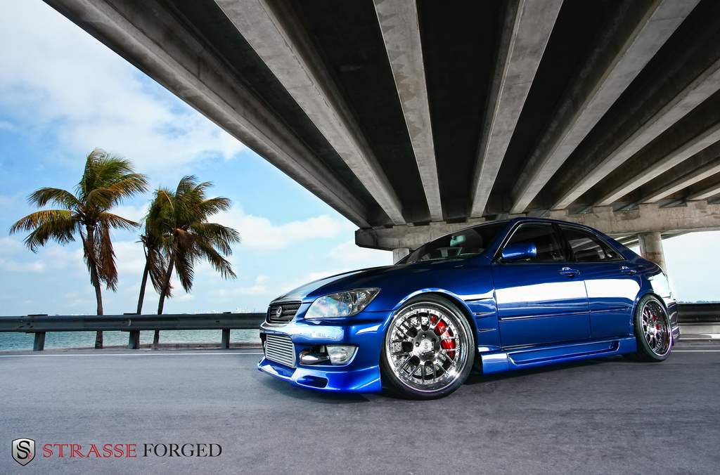 lexus_is300_2
