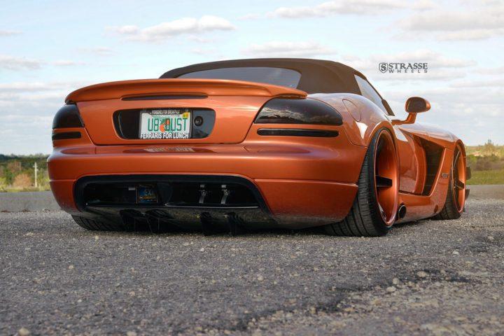 Strasse Wheels Dodge Viper S5 11