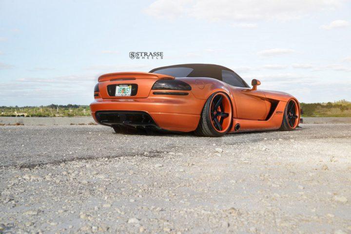 Strasse Wheels Dodge Viper S5 12