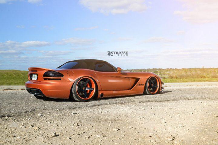 Strasse Wheels Dodge Viper S5 9