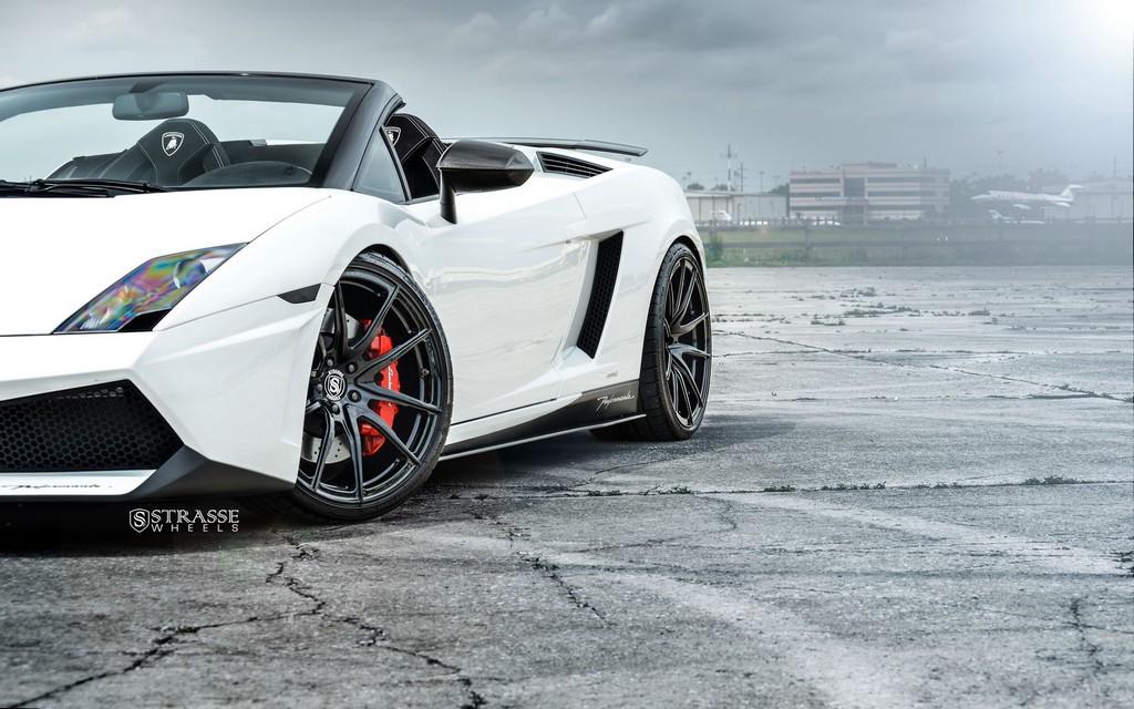 Strasse Wheels Lamborghini Performante 8