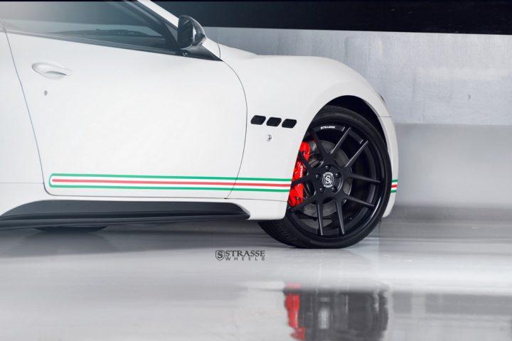 Strasse Wheels Matte White Maserati Gran Turismo 5