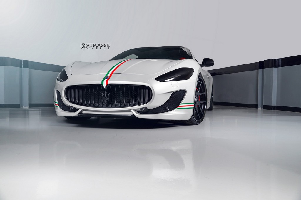 Strasse Wheels Matte White Maserati Gran Turismo 7