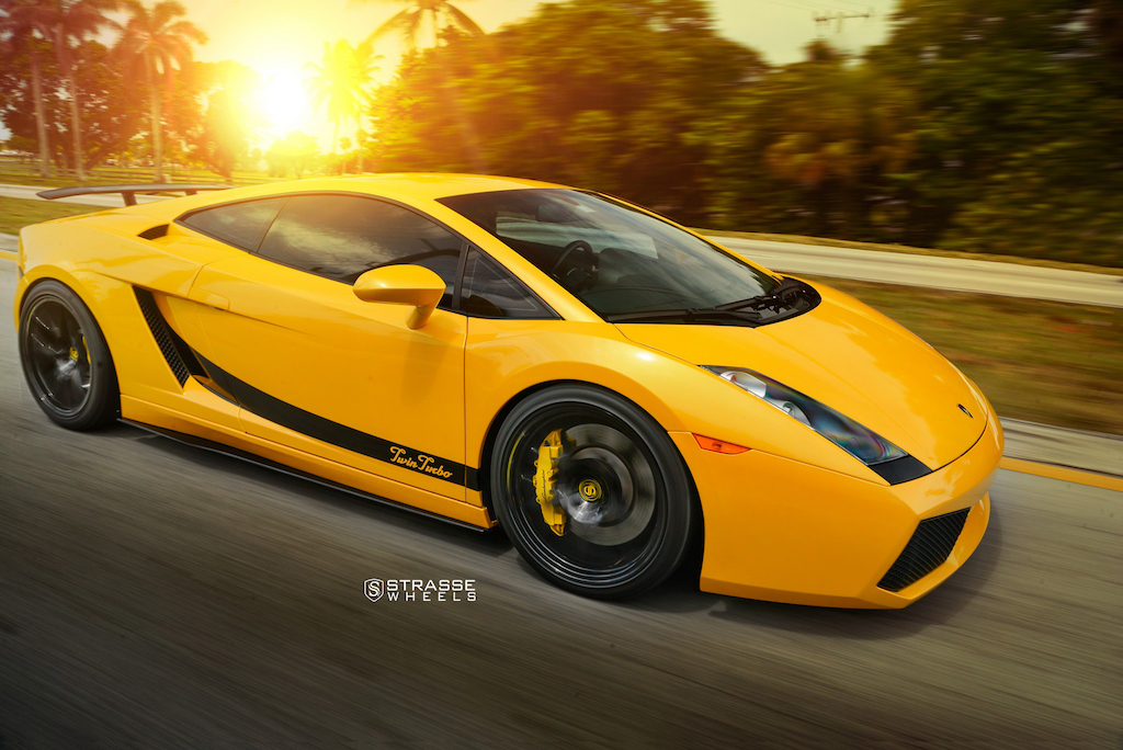 Yellow_Galardo_TwinTurbo-1
