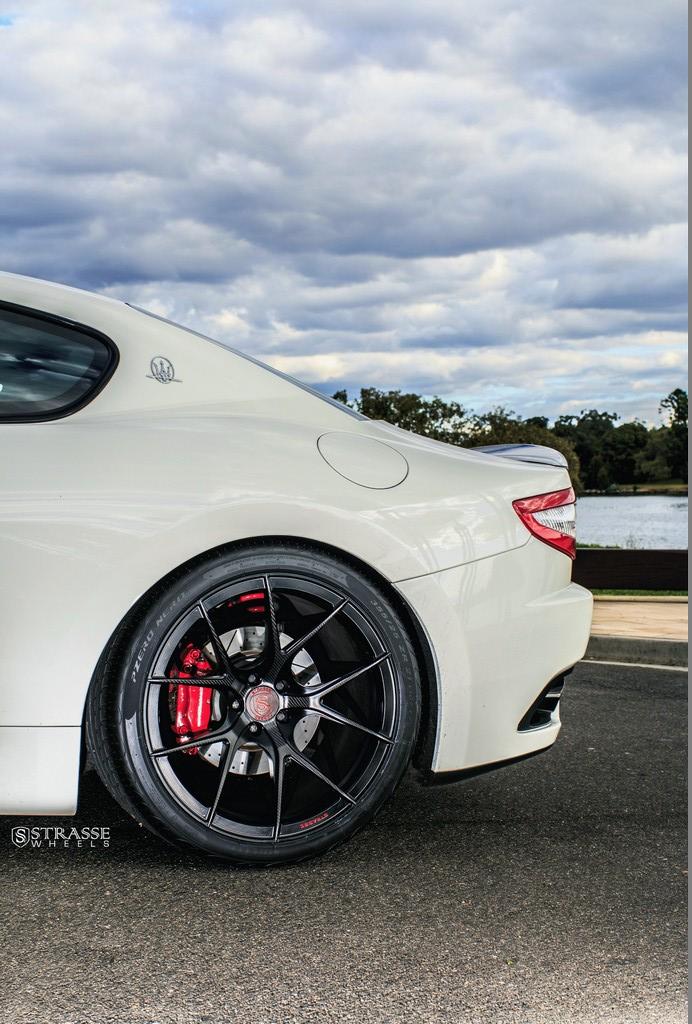 Maserati GTs Rolling Stock 10