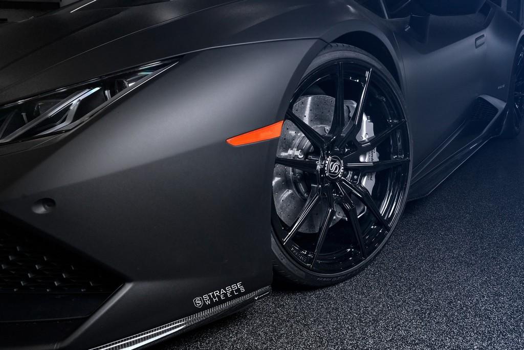 Strasse Wheels Matte Black Huracan SV1 3