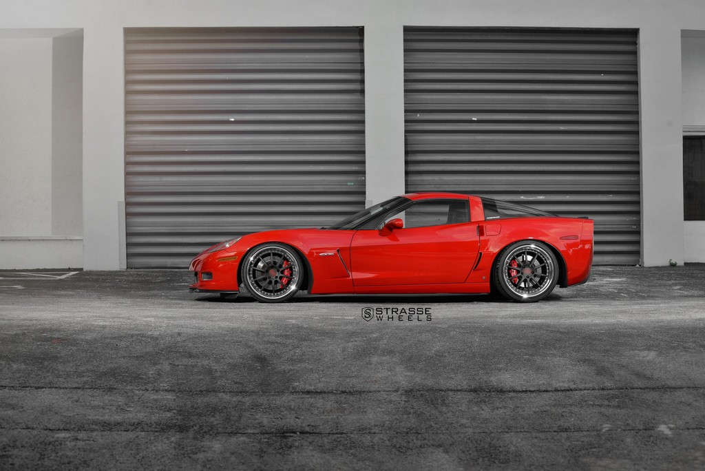Strasse Wheels Red C6 Z06 R10 11