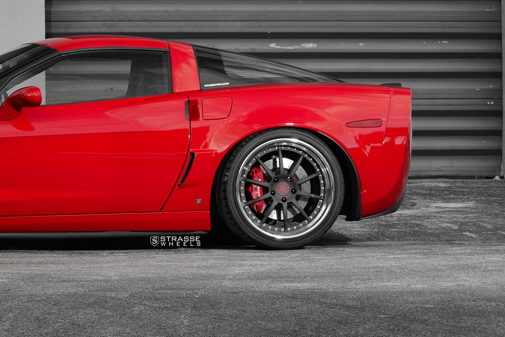Strasse Wheels Red C6 Z06 R10 14