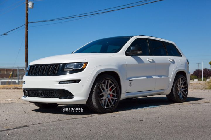 "Strasse Wheels - Jeep Grand Cherokee SRT - 22"" SM7 Deep Concave Wheels 1"
