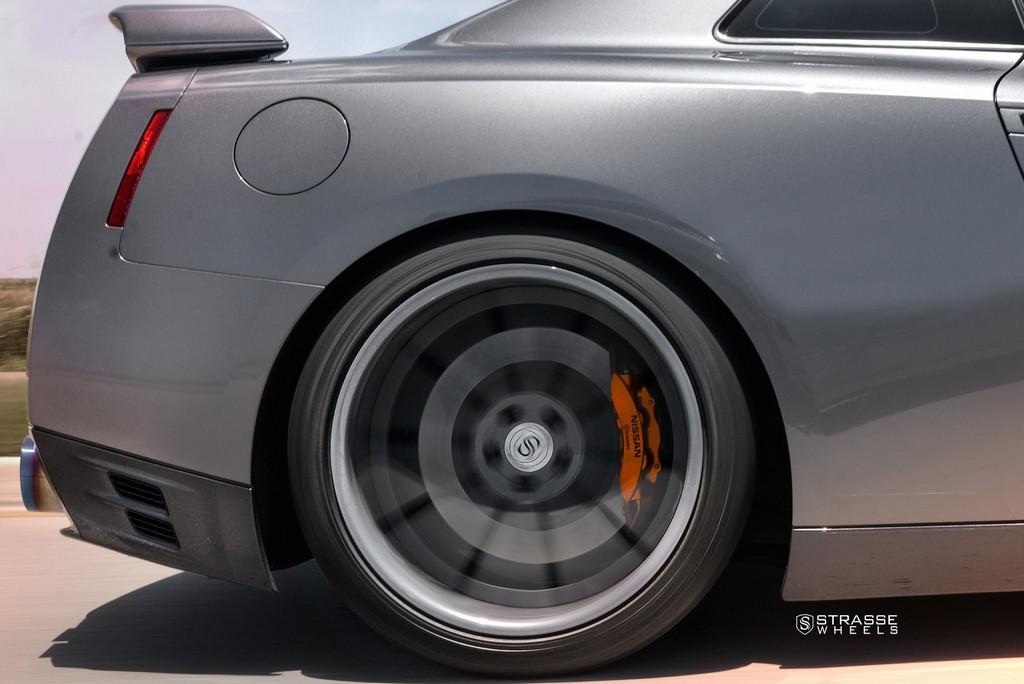 Strasse Wheels Gunmatallic R10 GTR 13